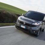 "Fiat Dobló Cargo z tytułem ""Light Van of the Year"""