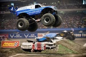 monster-truck-653148_960_720