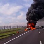 Pożar na A2 – dostawcze iveco spłonęło doszczętnie