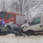 Niecodzienny wypadek na DK nr 28 z udziałem karetki i wozu strażackiego.