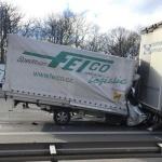 A81 ciężko ranny kierowca trafił do szpitala