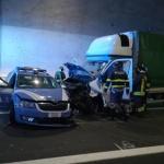 Polski bus staranował blokadę policyjną w Włoszech. Był pijany…